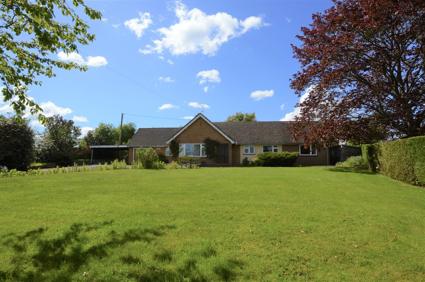 3 bed detached bungalow for sale in Luston, HR6