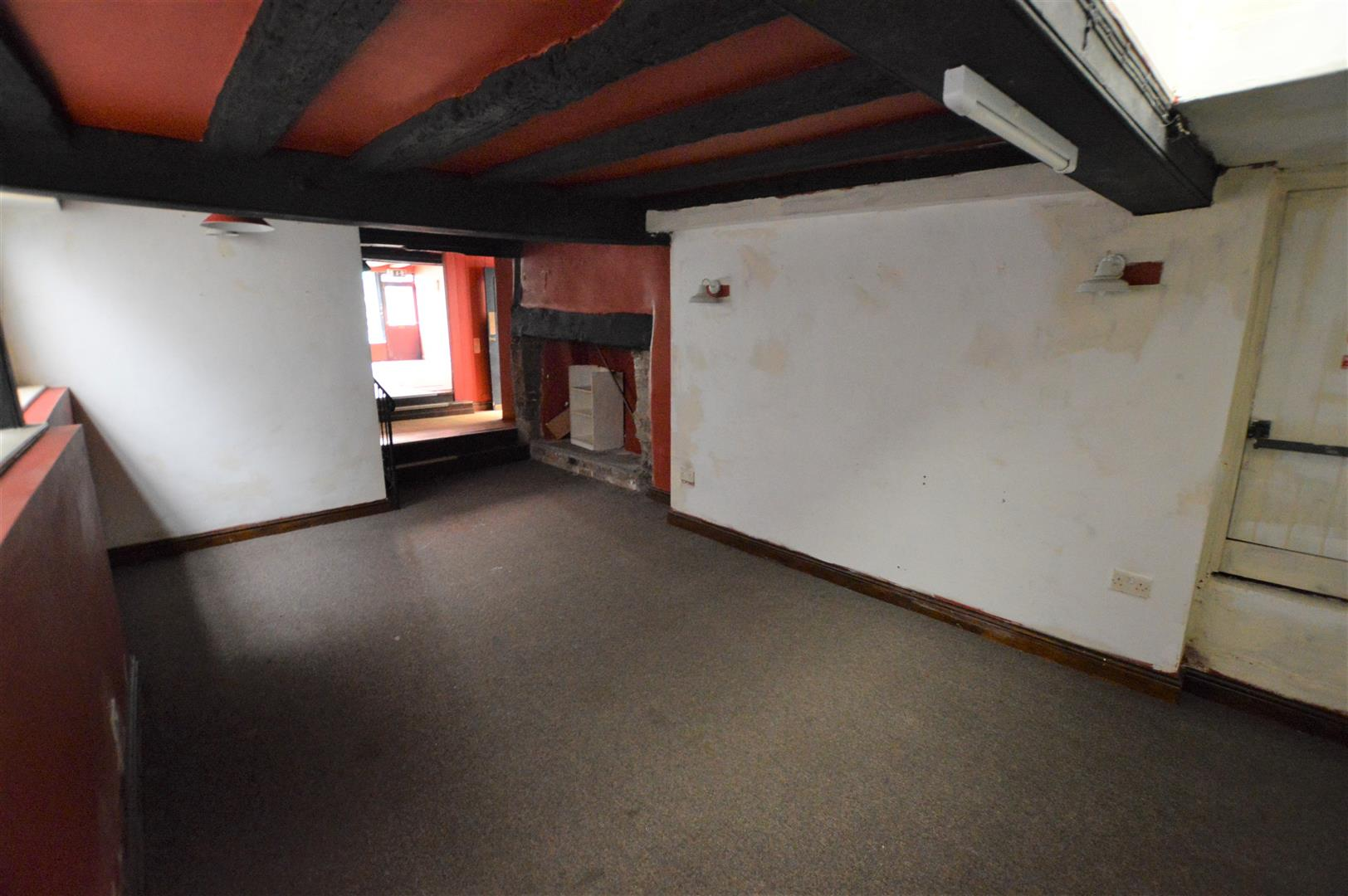 3 bed town house for sale in Leominster 4