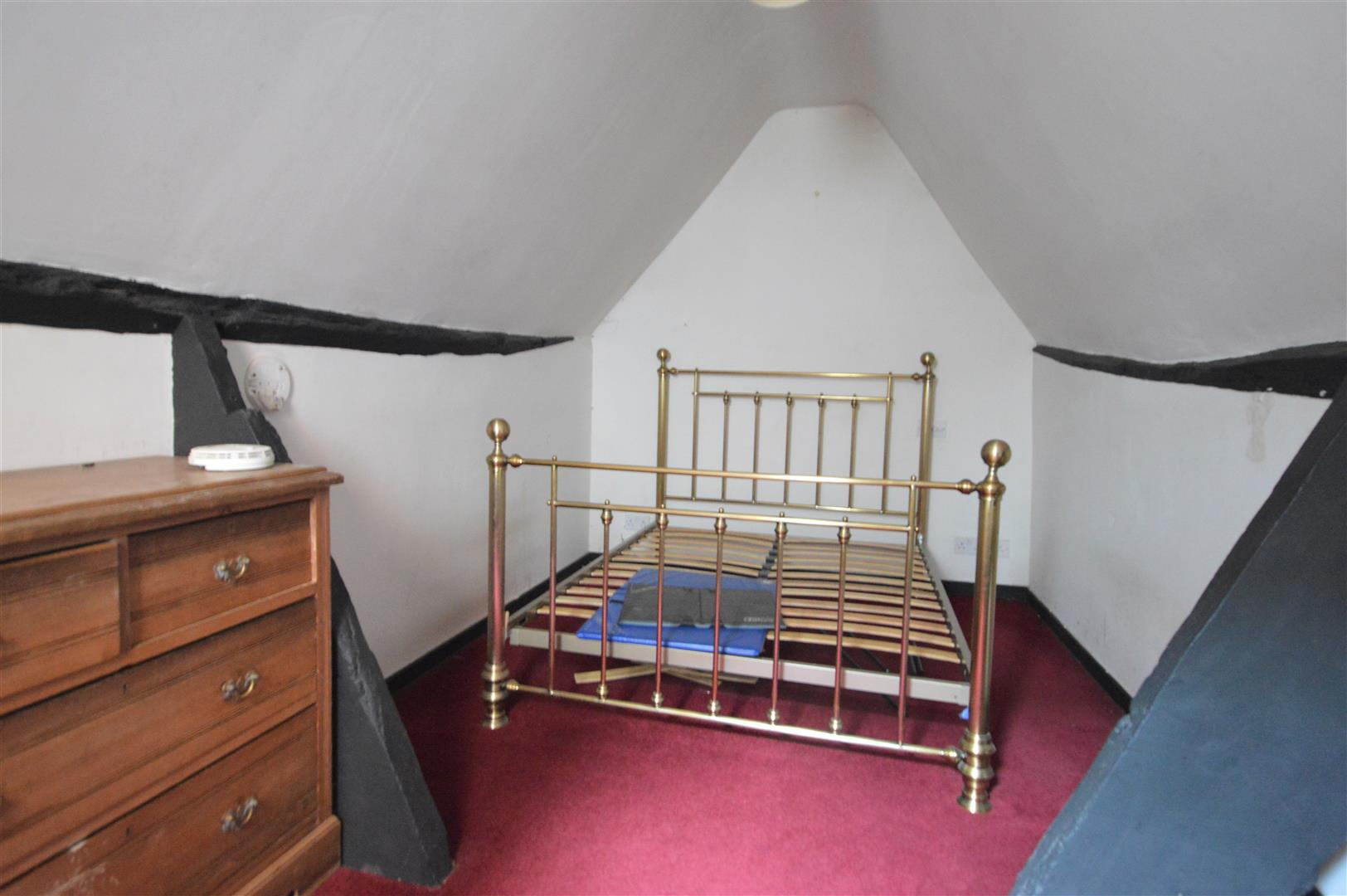 3 bed town house for sale in Leominster 9