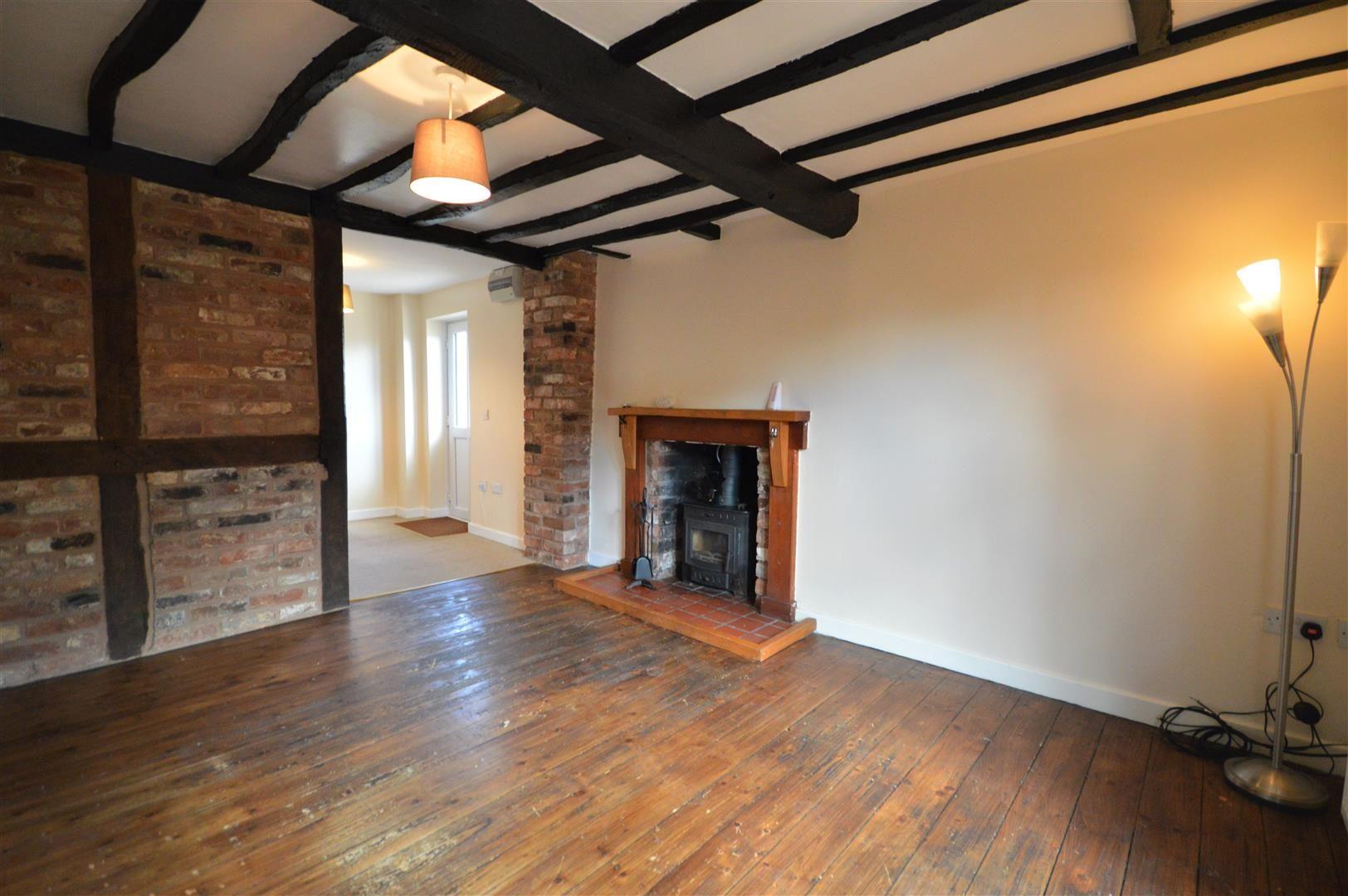 2 bed semi-detached for sale in Kingsland 2