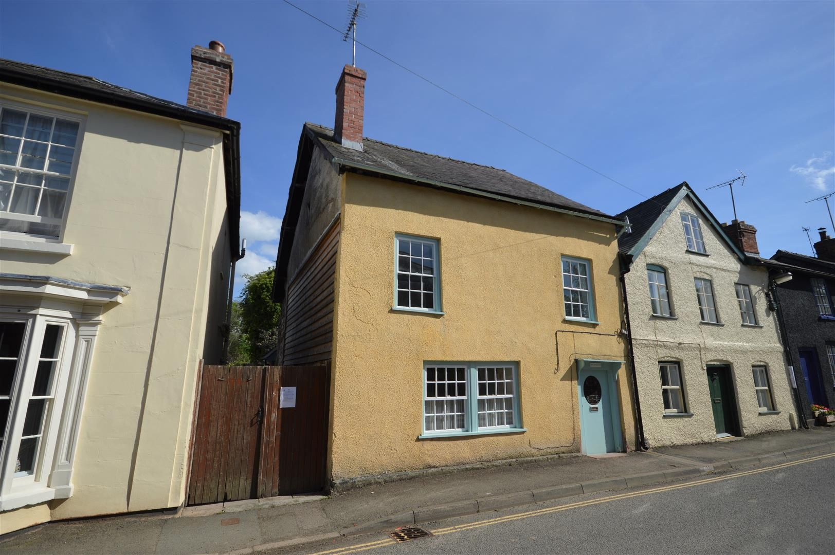 2 bed end of terrace for sale in Presteigne, LD8