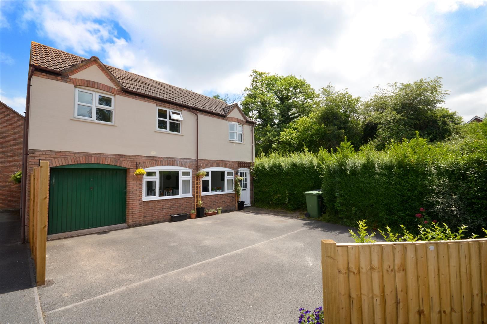 3 bed detached for sale in Belmont 11