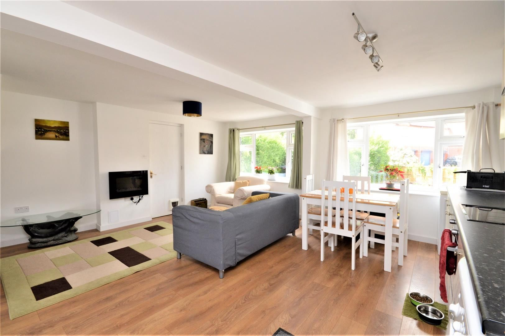 3 bed detached for sale in Belmont 4