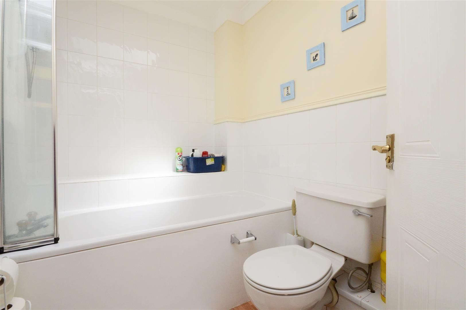 3 bed detached for sale in Belmont 9