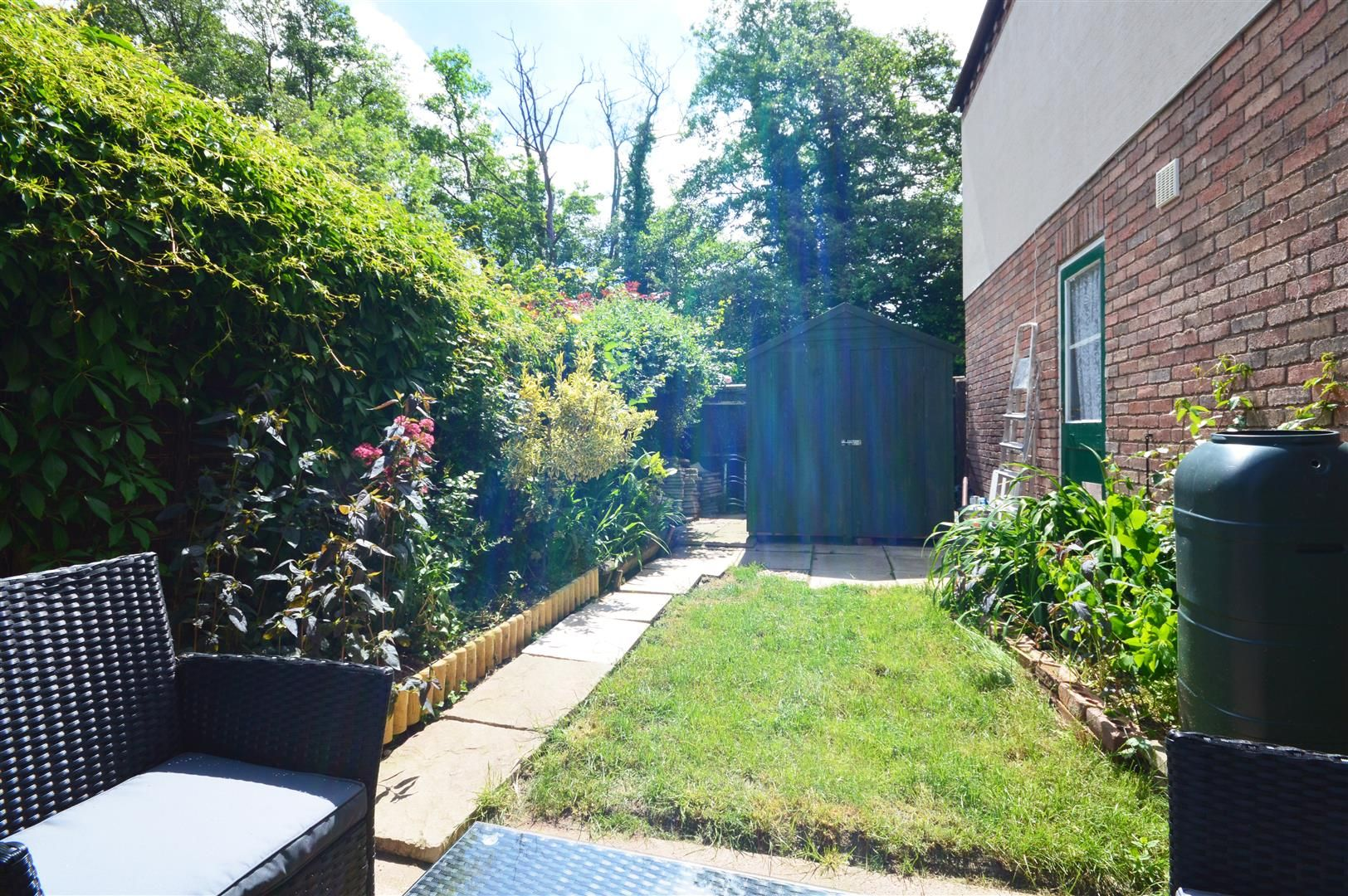 3 bed detached for sale in Belmont 10