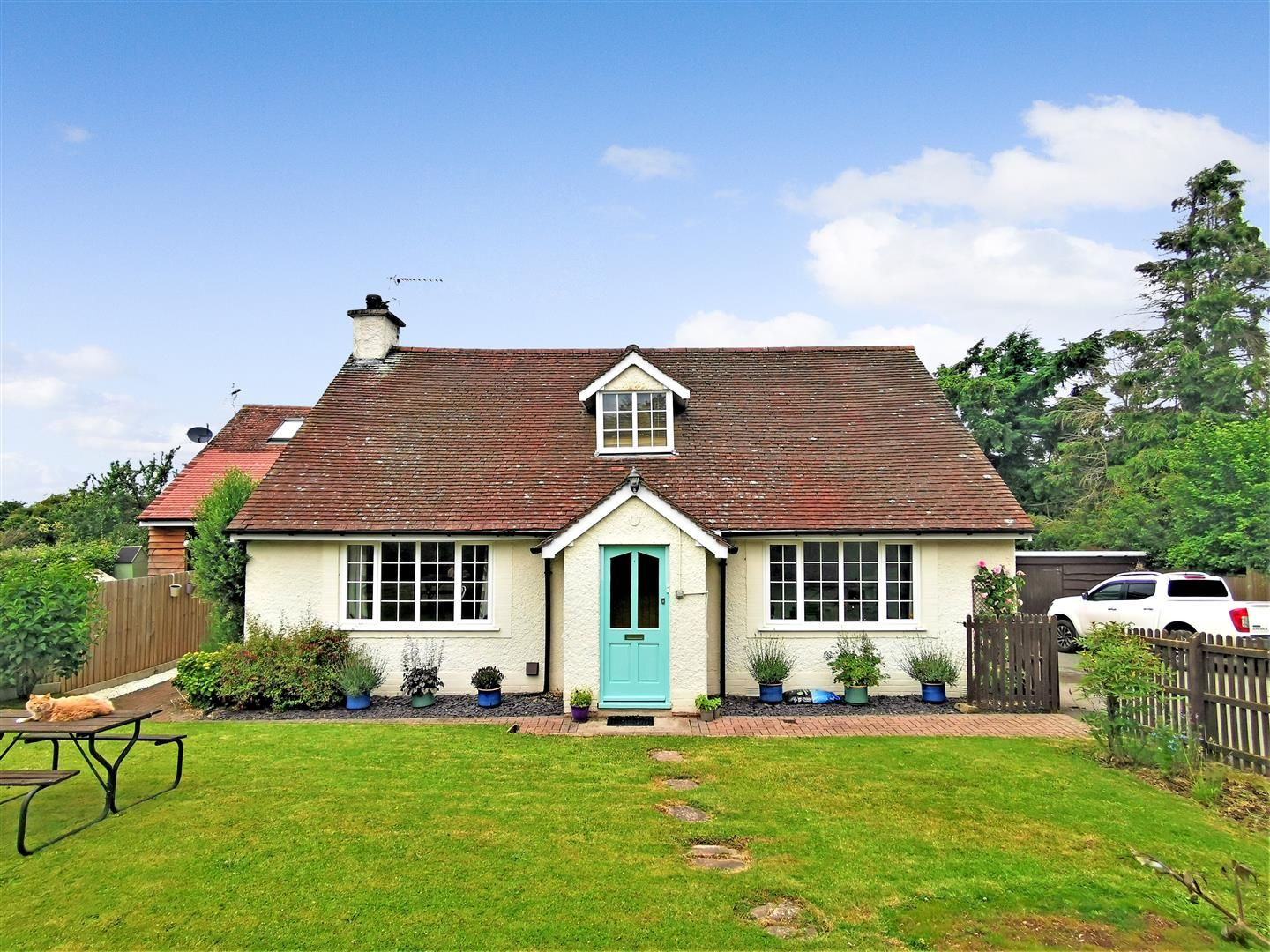 5 bed semi-detached for sale in Bartestree, HR1