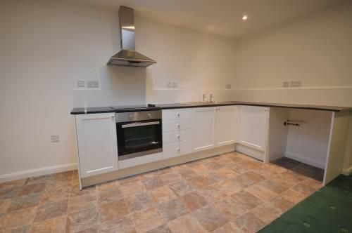 1 bed flat to rent, HR6
