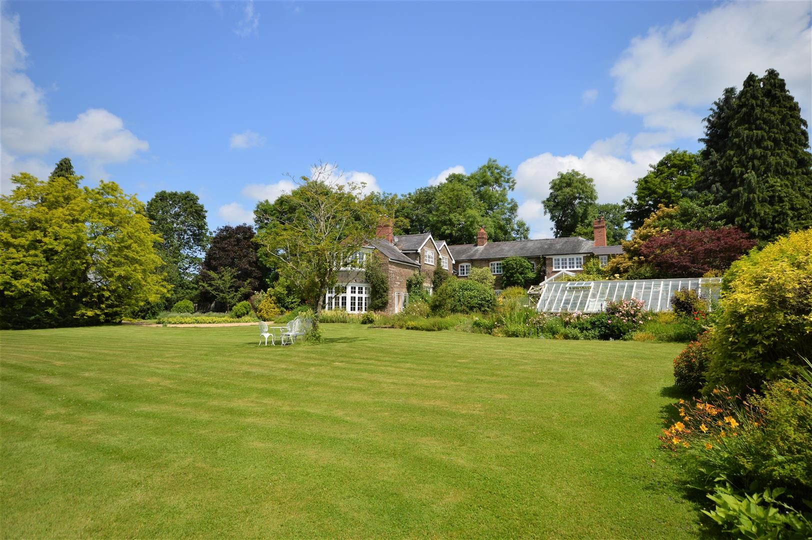 5 bed country house for sale in Stoke Prior, HR6