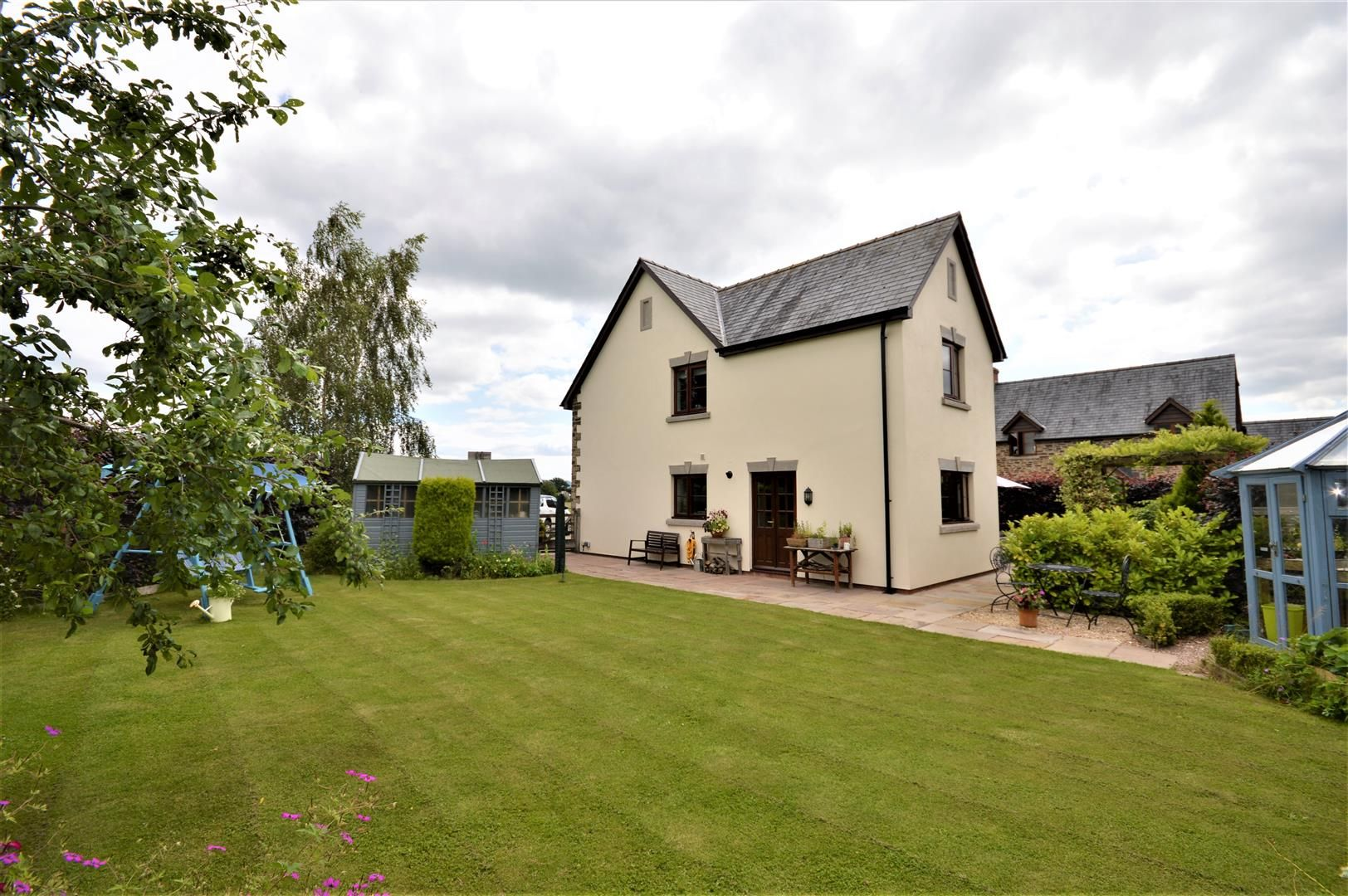 4 bed detached for sale in Eardisley  - Property Image 2