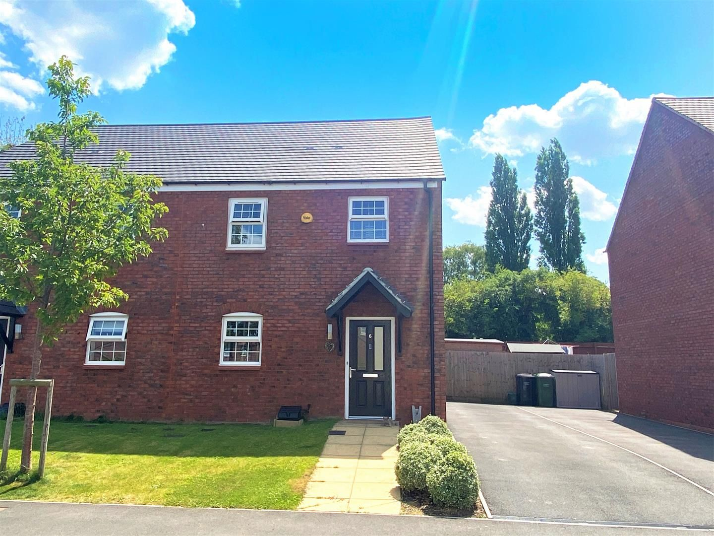 3 bed semi-detached for sale in Holmer, HR1