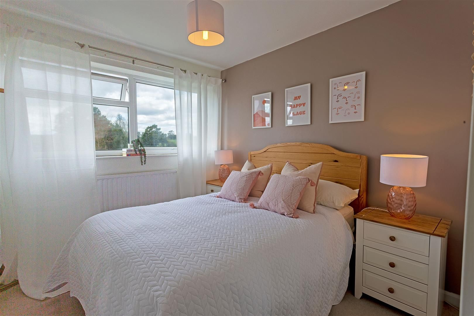 4 bed detached for sale in Luston 18