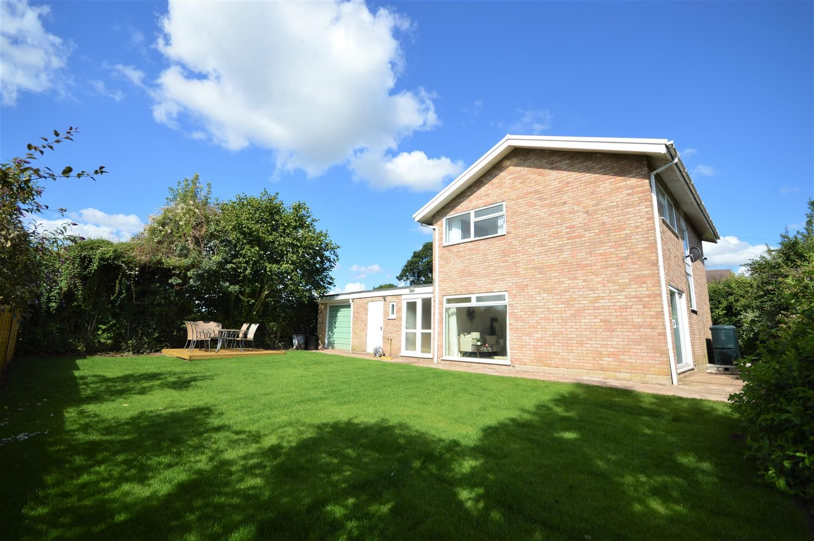 4 bed detached for sale in Luston 29