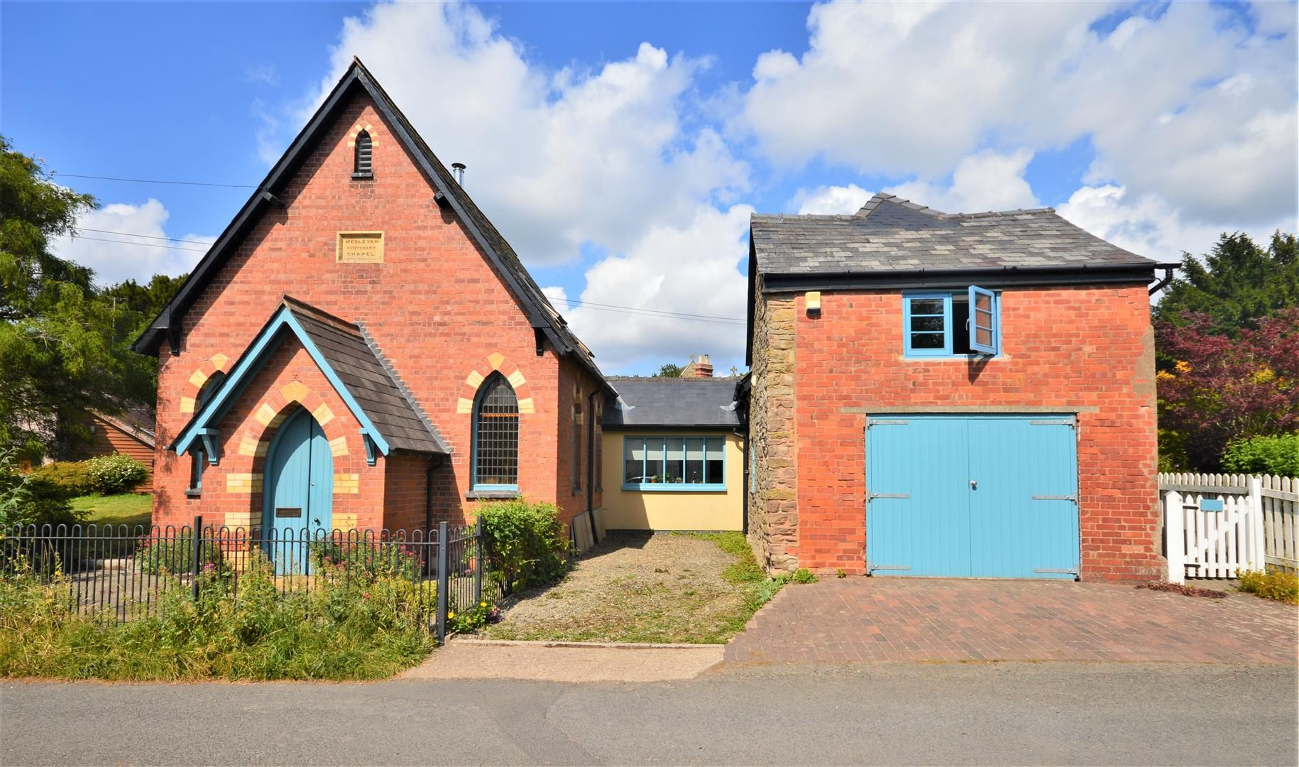 3 bed detached for sale in Yarpole, HR6