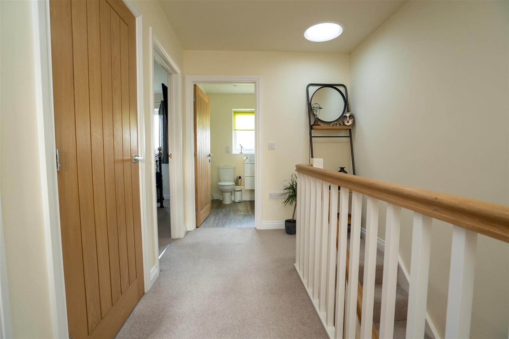 3 bed semi-detached for sale in Kingsland  - Property Image 11