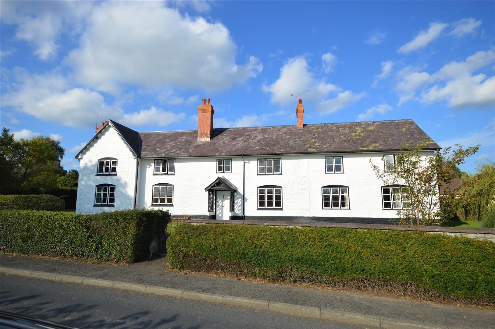 7 bed country house for sale in Kingsland, HR6