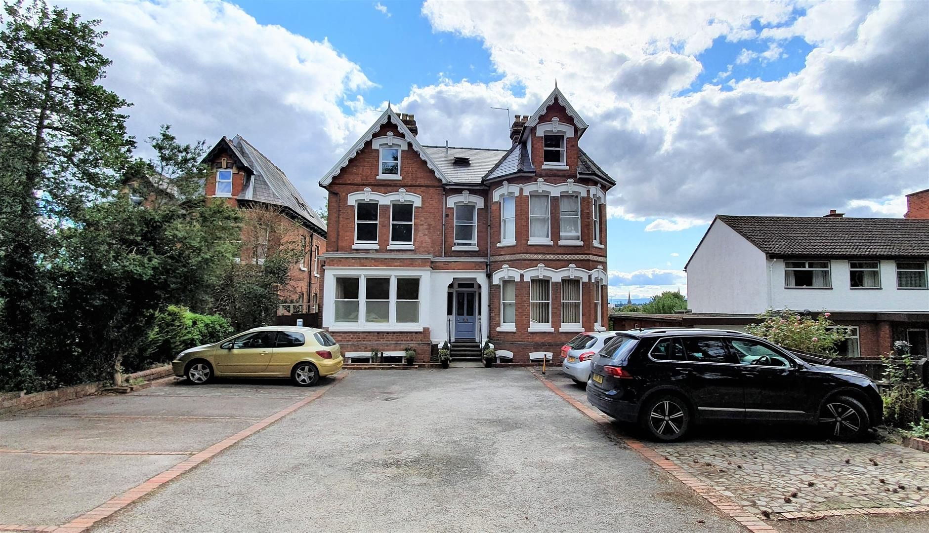 1 bed flat to rent, HR1