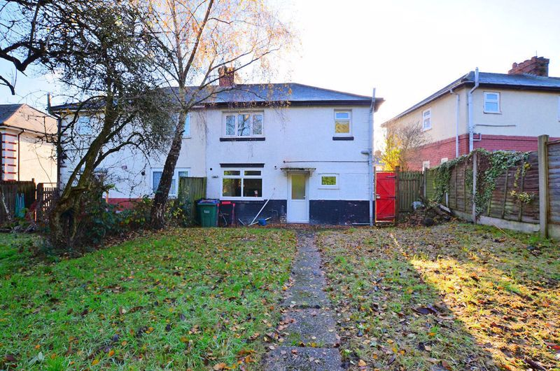 3 bed house for sale in Wallace Road 8
