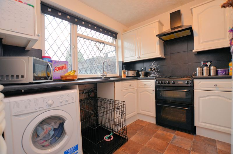 2 bed house for sale in Habberley Road 2