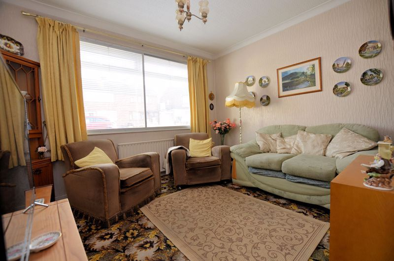 2 bed house for sale in Lansdowne Road 2