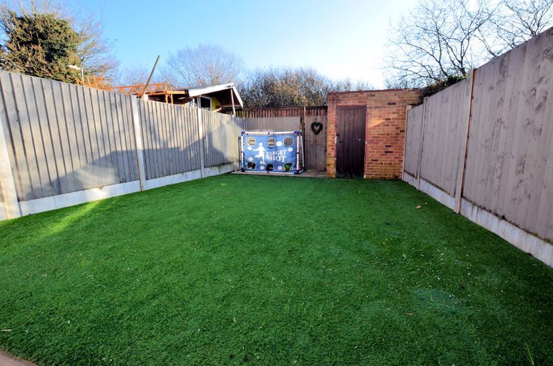 3 bed house for sale in First Meadow Piece  - Property Image 7