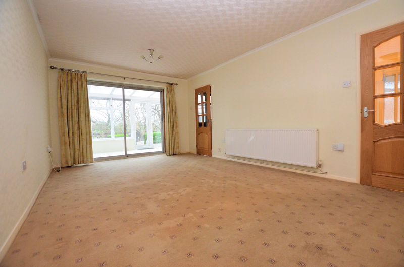 2 bed bungalow for sale in Woodbury Road  - Property Image 2