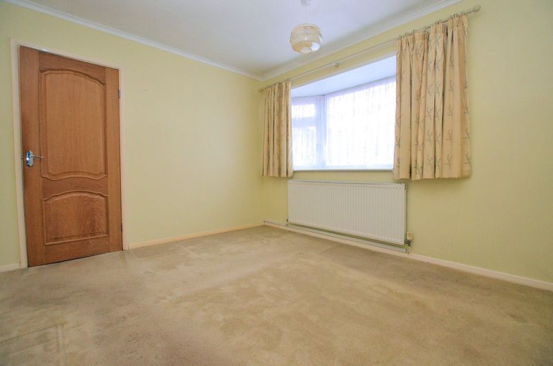 2 bed bungalow for sale in Woodbury Road 5