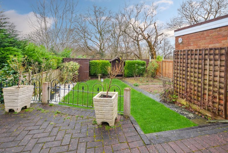 2 bed bungalow for sale in Woodbury Road 9