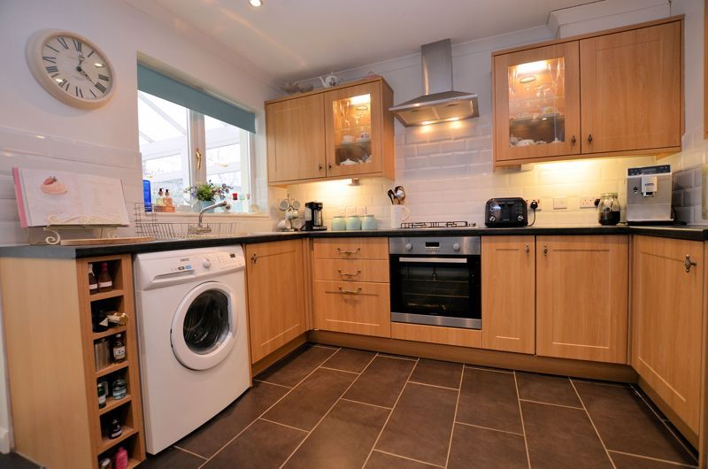 3 bed house for sale in Upper Ashley Street 3
