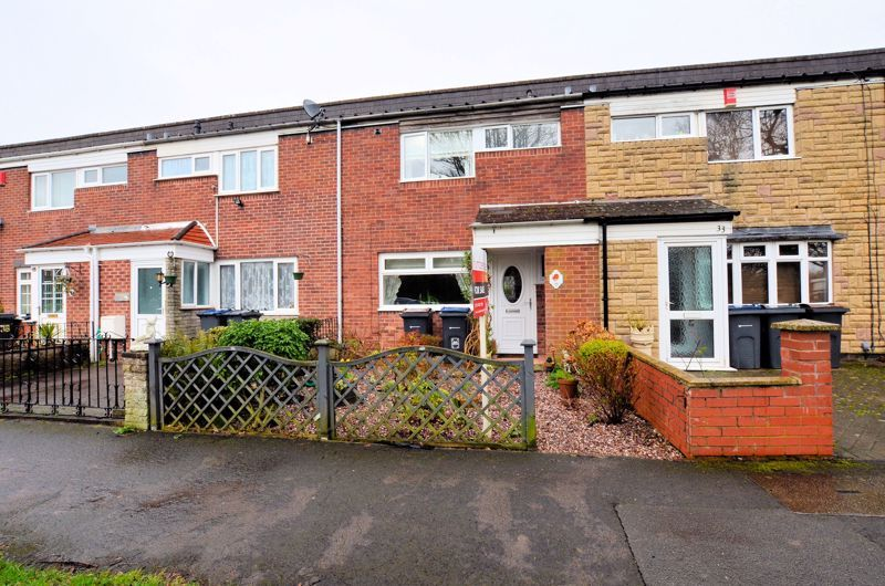 3 bed house for sale in Barn Piece, B32