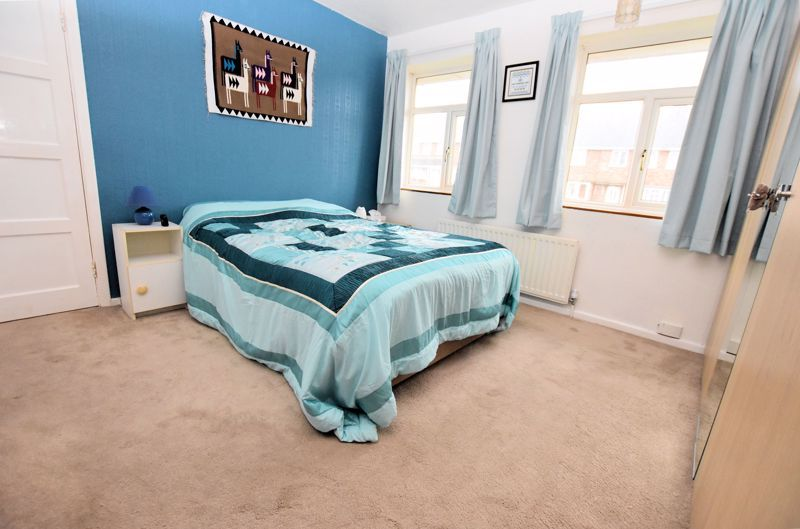 3 bed house for sale in Fleming Road 10
