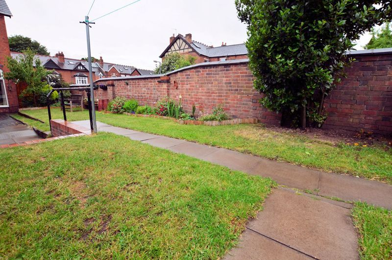 4 bed house for sale in Rathbone Road  - Property Image 14