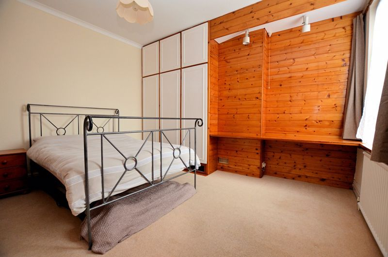 4 bed house for sale in Rathbone Road  - Property Image 16