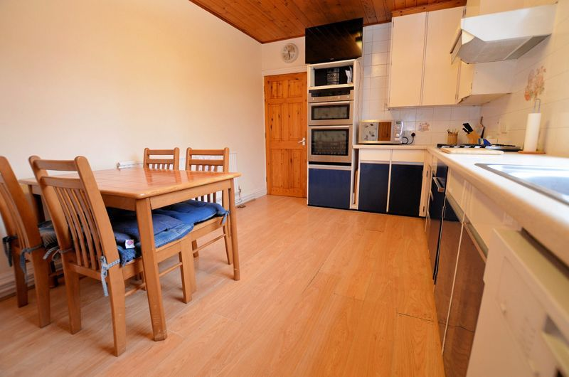 4 bed house for sale in Rathbone Road  - Property Image 20