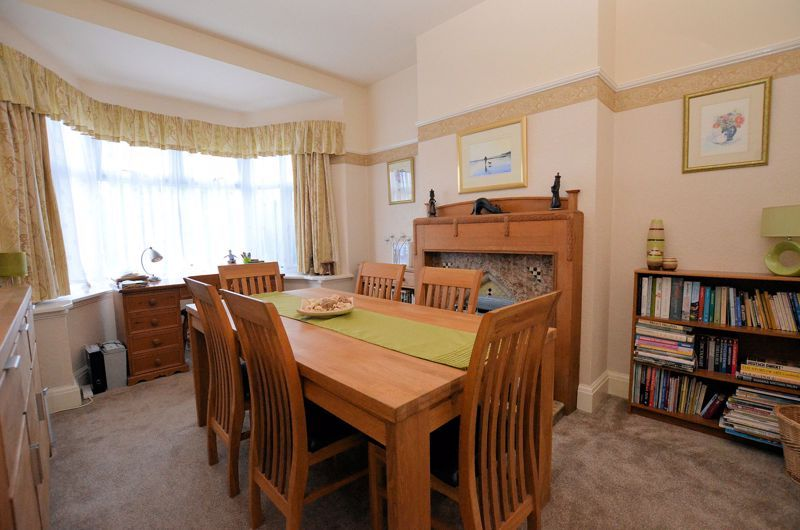 3 bed house for sale in Stoney Lane 10