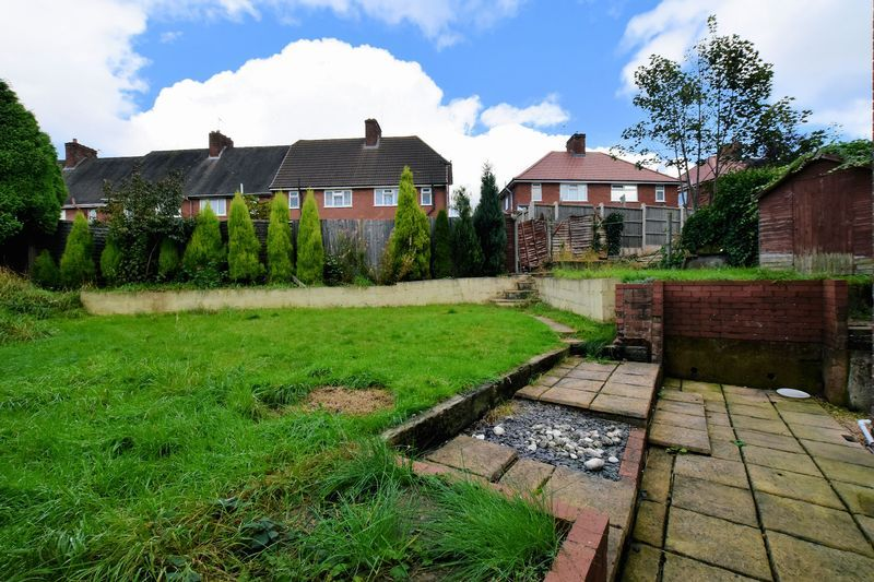 3 bed house to rent in Mavis Gardens 6