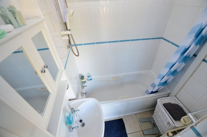 3 bed house for sale in Overdale Road 4