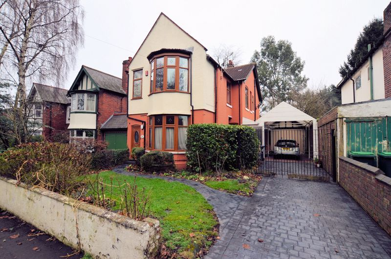 4 bed house for sale in West Park Road - Property Image 1