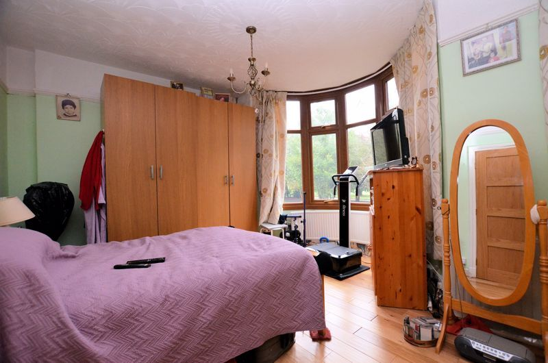 4 bed house for sale in West Park Road 14