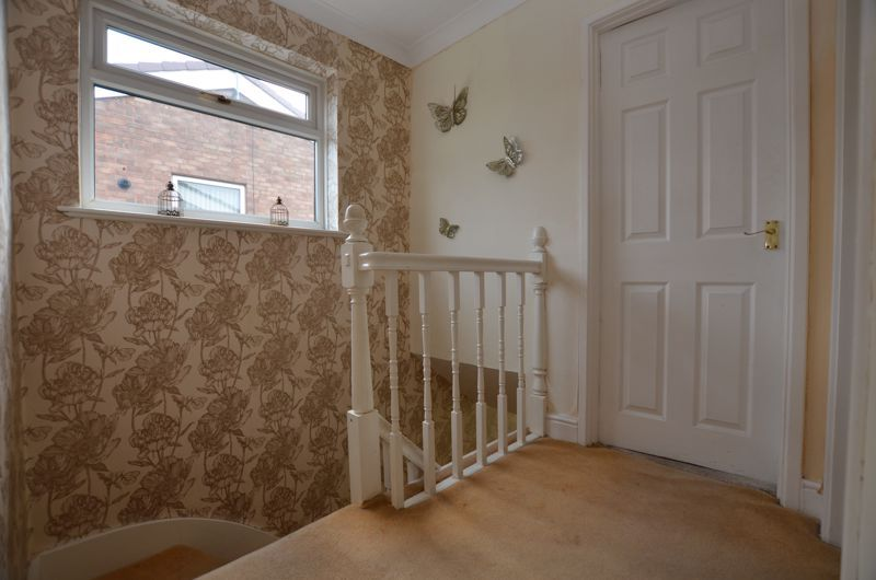 3 bed house for sale in Roundhills Road 11