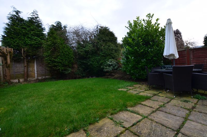 3 bed house for sale in Roundhills Road  - Property Image 12