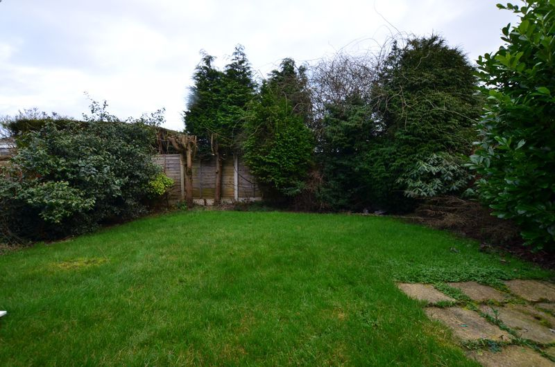 3 bed house for sale in Roundhills Road 13