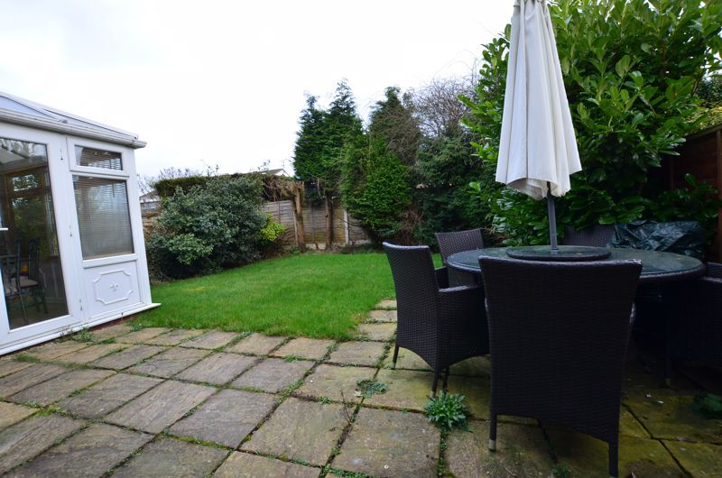 3 bed house for sale in Roundhills Road 7