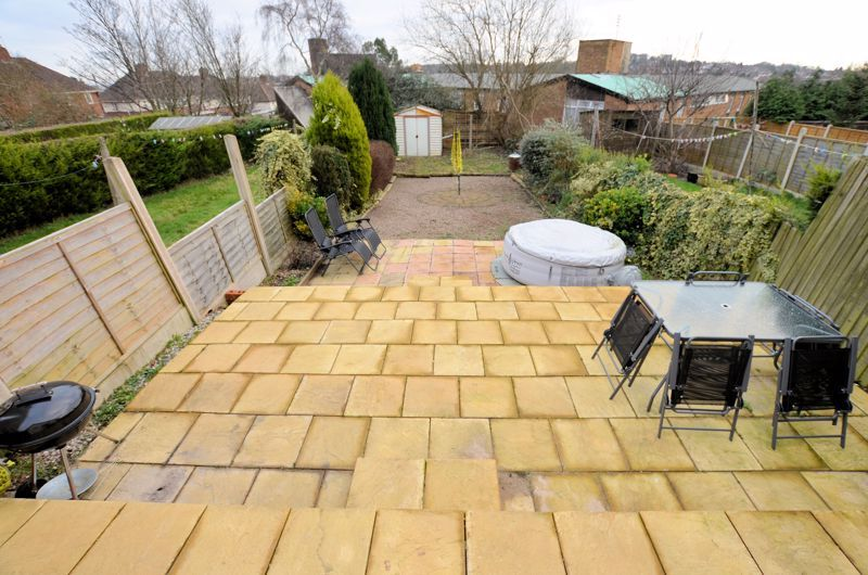 3 bed house for sale in Edmonds Road 5