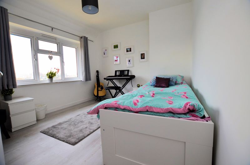 3 bed house for sale in Edmonds Road  - Property Image 7