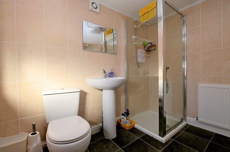 4 bed house for sale in Stanley Road  - Property Image 16