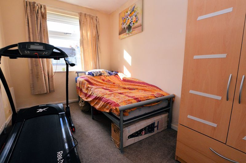 4 bed house for sale in Stanley Road  - Property Image 17