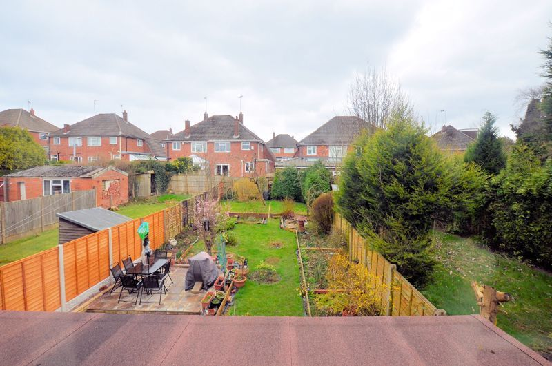 4 bed house for sale in Stanley Road 9