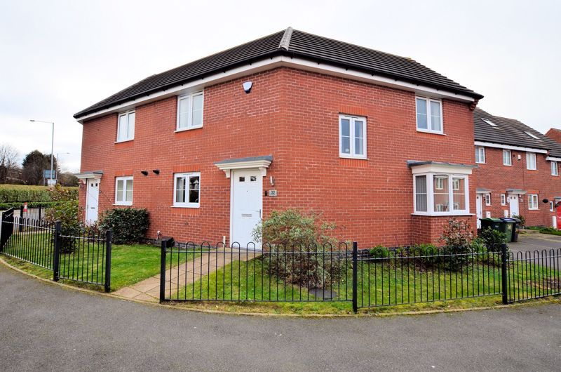 3 bed house for sale in Old College Avenue  - Property Image 1