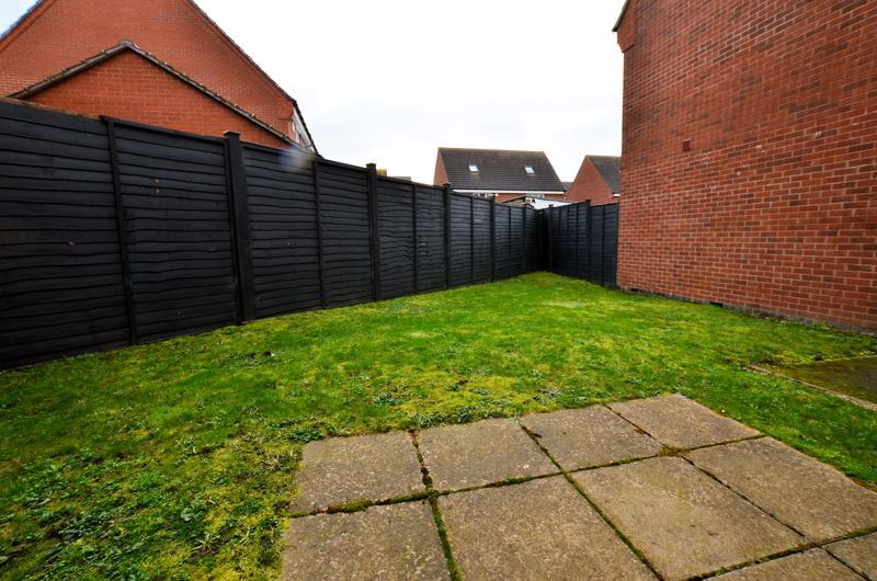 3 bed house for sale in Old College Avenue 10