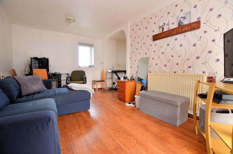 1 bed flat for sale in Malpas Drive 3